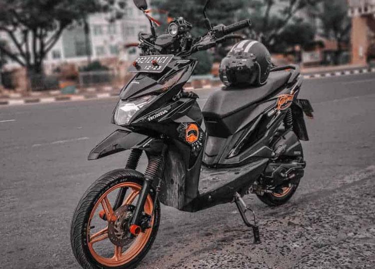 Modifikasi-Motor-Beat-Warna-Hitam
